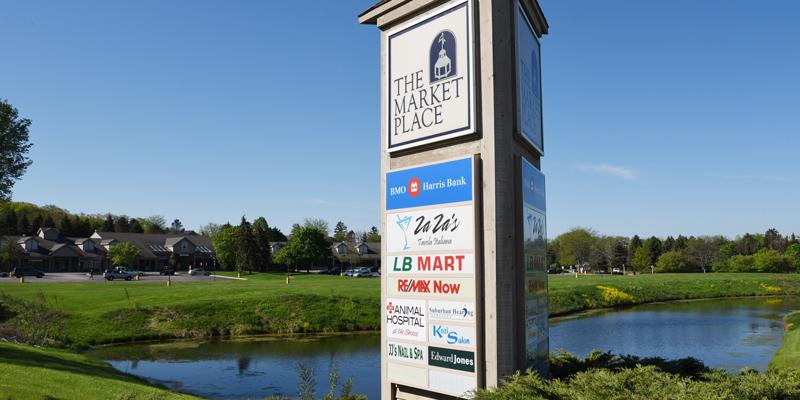 The-Market-Place-Mall-Lake-Barrington-IL.jpg